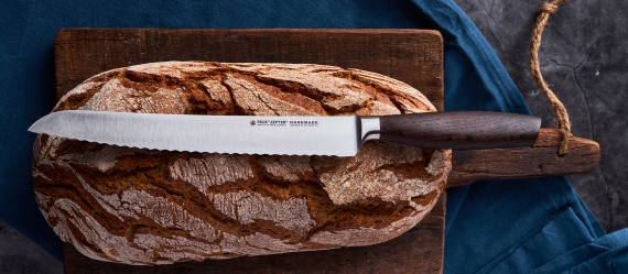 SIZE S SMOKED OAK Bread knife 8,5""
